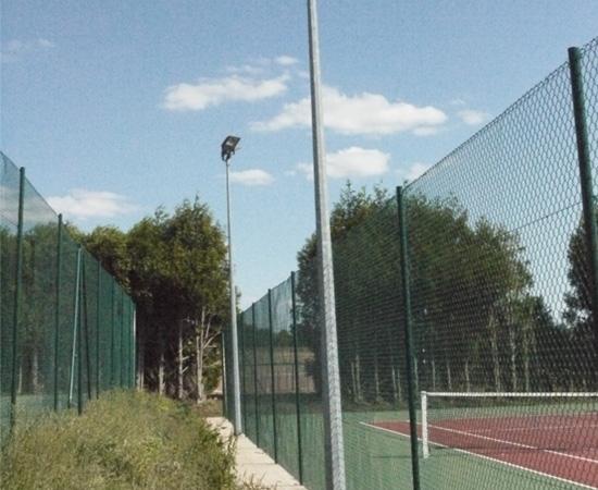 Éclairage Tennis extérieur (Vernou la Celle 77)